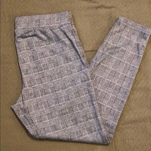 ⭐️5 for $20 Alexander Jordan knit pants size L